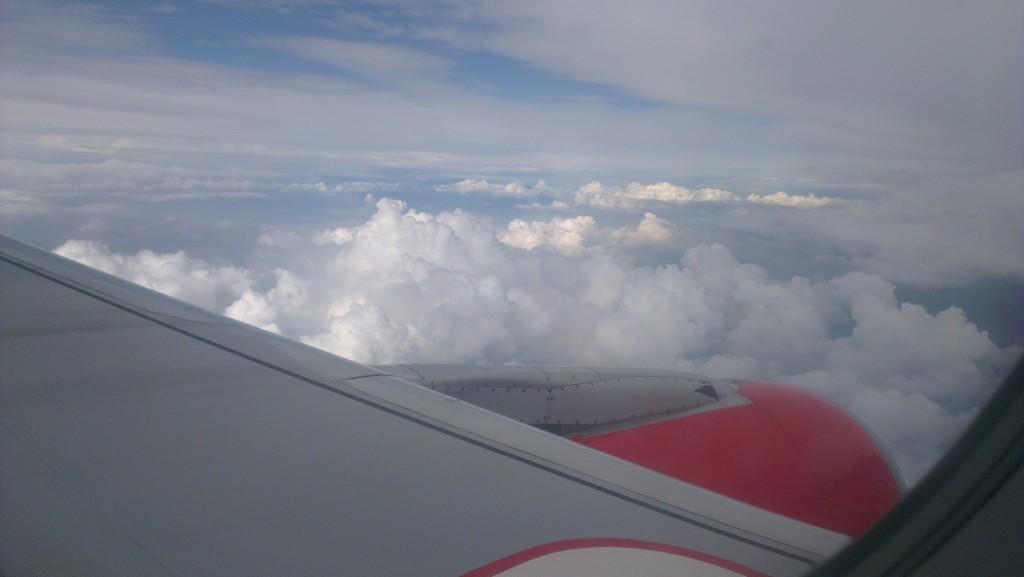 in zbor cu AirAsia