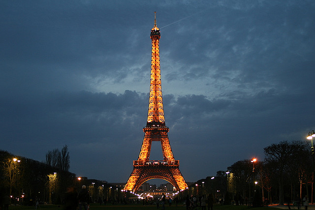 """Tour Eiffel"" by echiner1 / flickr"