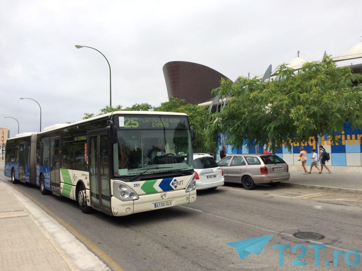 Autobuz Expres 25 Palma de Mallorca in fata Acvariului