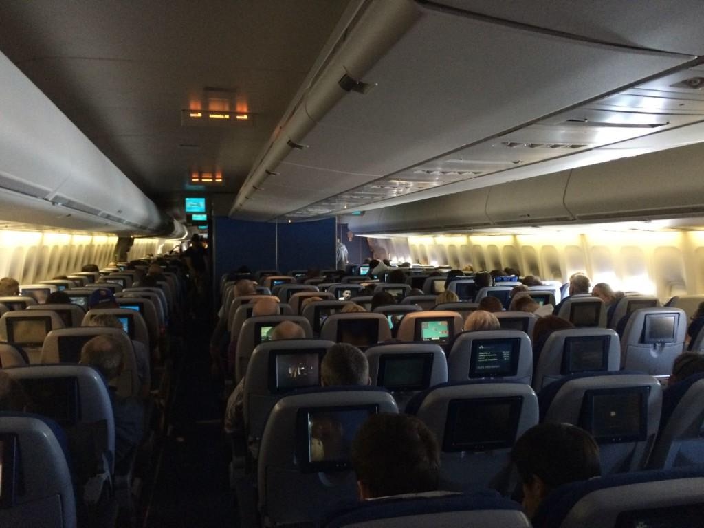 Cabina economy KLM Boeing 747-400