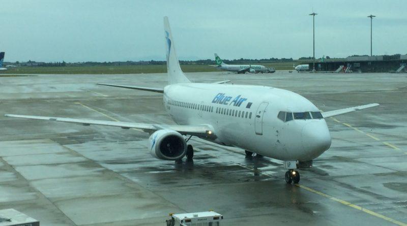Boeing 737 Blue Air YR-BAP
