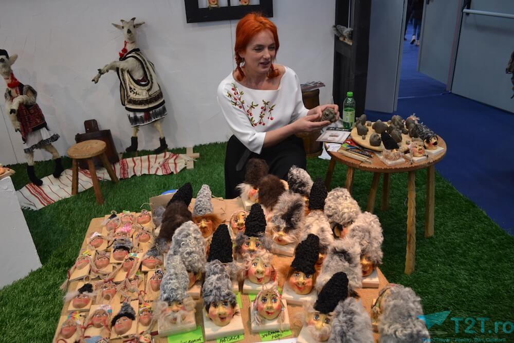 Ioana Lungu este artist handmade și a venit cu o colecție de personaje din operele lui Ion Creangă.