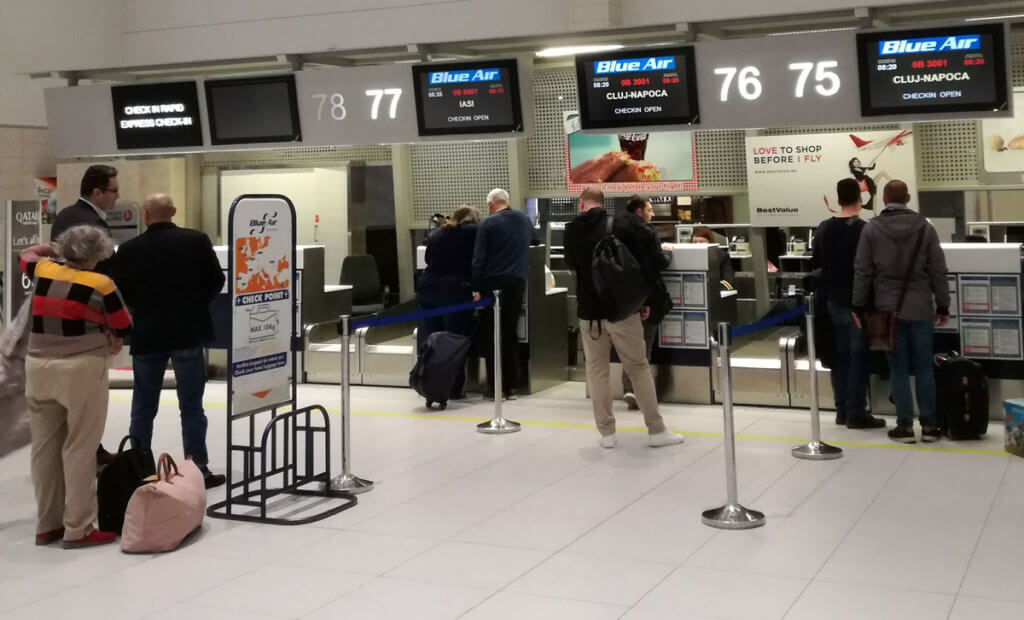 Checkin zboruri interne Blue Air Aeroport Otopeni Bucuresti