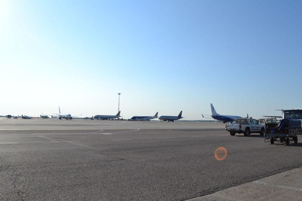 Aglomeratie de avioane pe aeroportul Otopeni