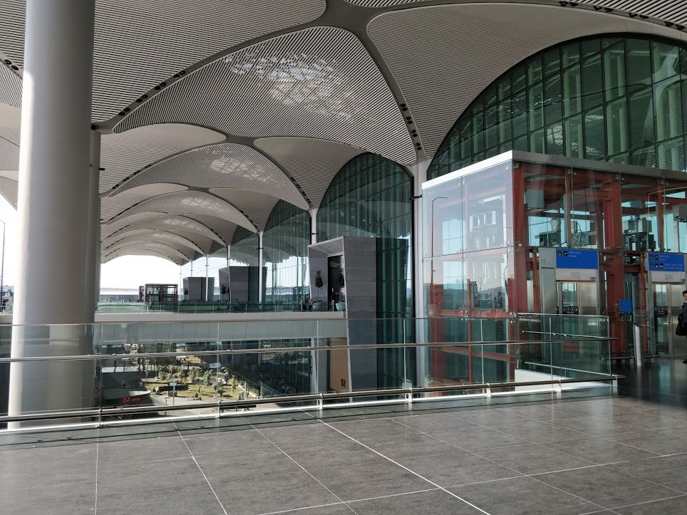Intrarea în Aeroportul Nou Istanbul