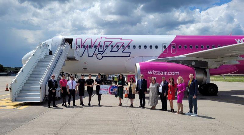 Wizz Air lansează la Cluj Napoca un nou zbor spre insula grecească Mykonos